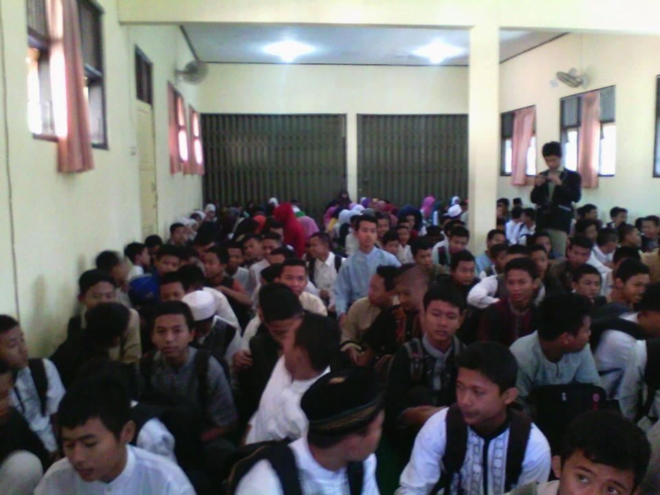 Pesona Pesantren Ramadhan 1435 Hijriah SMK Negeri 1 Tonjong